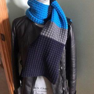 Burberry waffle knit scarf.